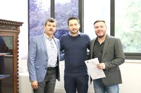 Presidente da Câmara, Huélinton Cassiano Riva e Prefeito Joamar Barboza se reúnem com Secretário Estadual de Desenvolvimento Regional, Marco Vinholi