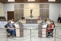 Vereadora Sandra, funcionários e colaboradores são homenageados com Moção de Congratulações pela Câmara Municipal